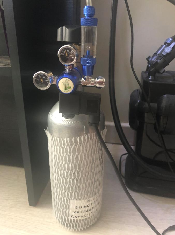 Regulator and bottle.PNG